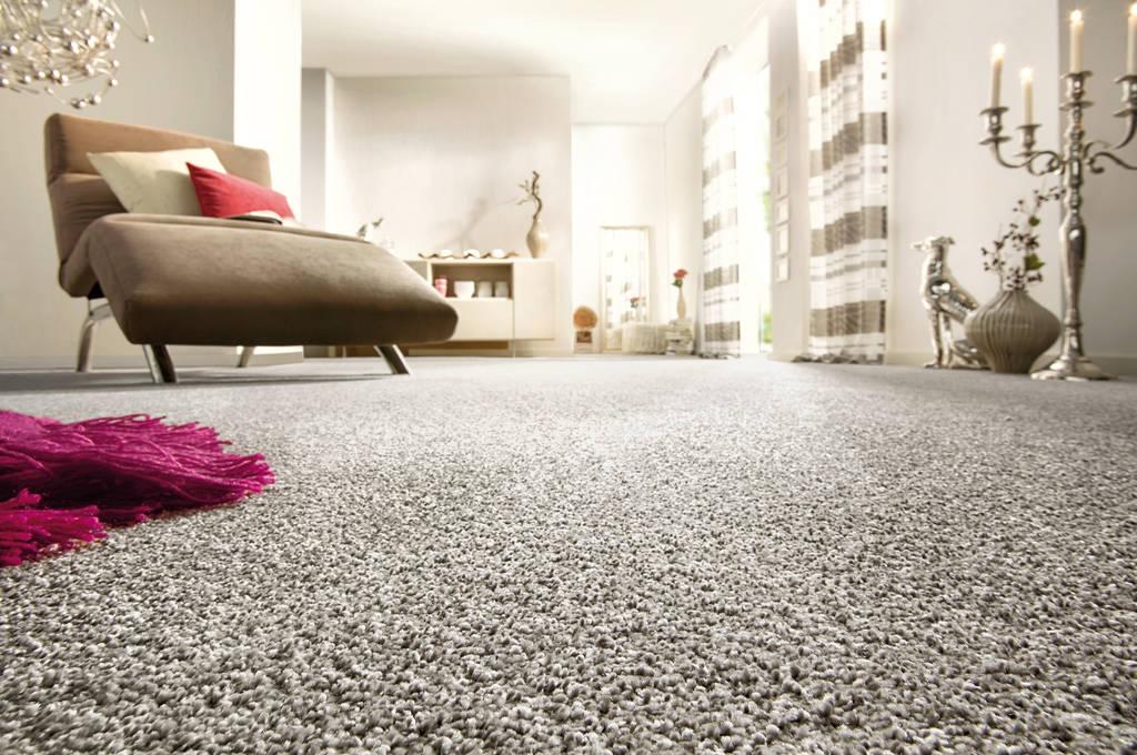 Teppichboden modern  Fritz Witt Objekt- und Wohnraumgestaltung GmbH - Bodenbeläge
